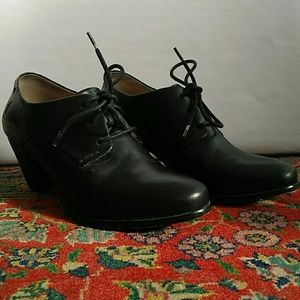 Frye - Black, lace up, heeled booties - Size 8